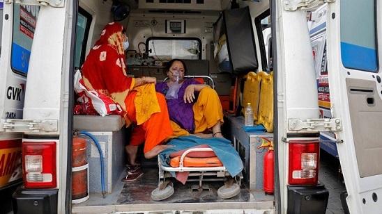 Всплеск Covid в Индии: больницы отправляют SOS, когда зарегистрированы рекордные смерти